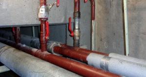 Собственник помещения в подвале обязан заплатить за отопление, если трубы отопления не изолированы