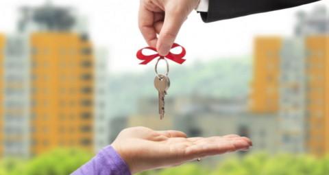 Возложение на администрацию обязанности предоставить сироте жильё